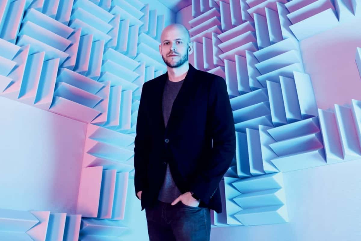 stencil.default 3 1 - Spotify's CEO Daniel Ek plans to beat Apple, Amazon, and Google at the music game.