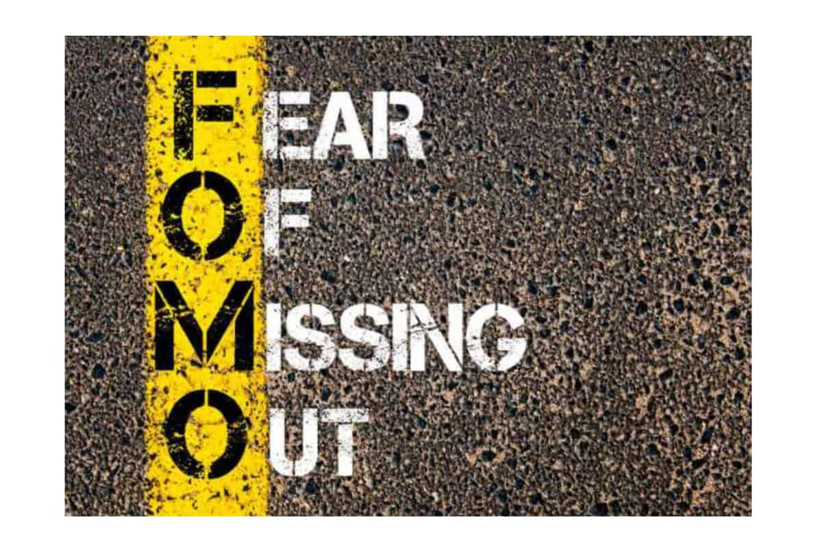 stencil 10 - Fear of Missing Out: An Investors Worst Enemy