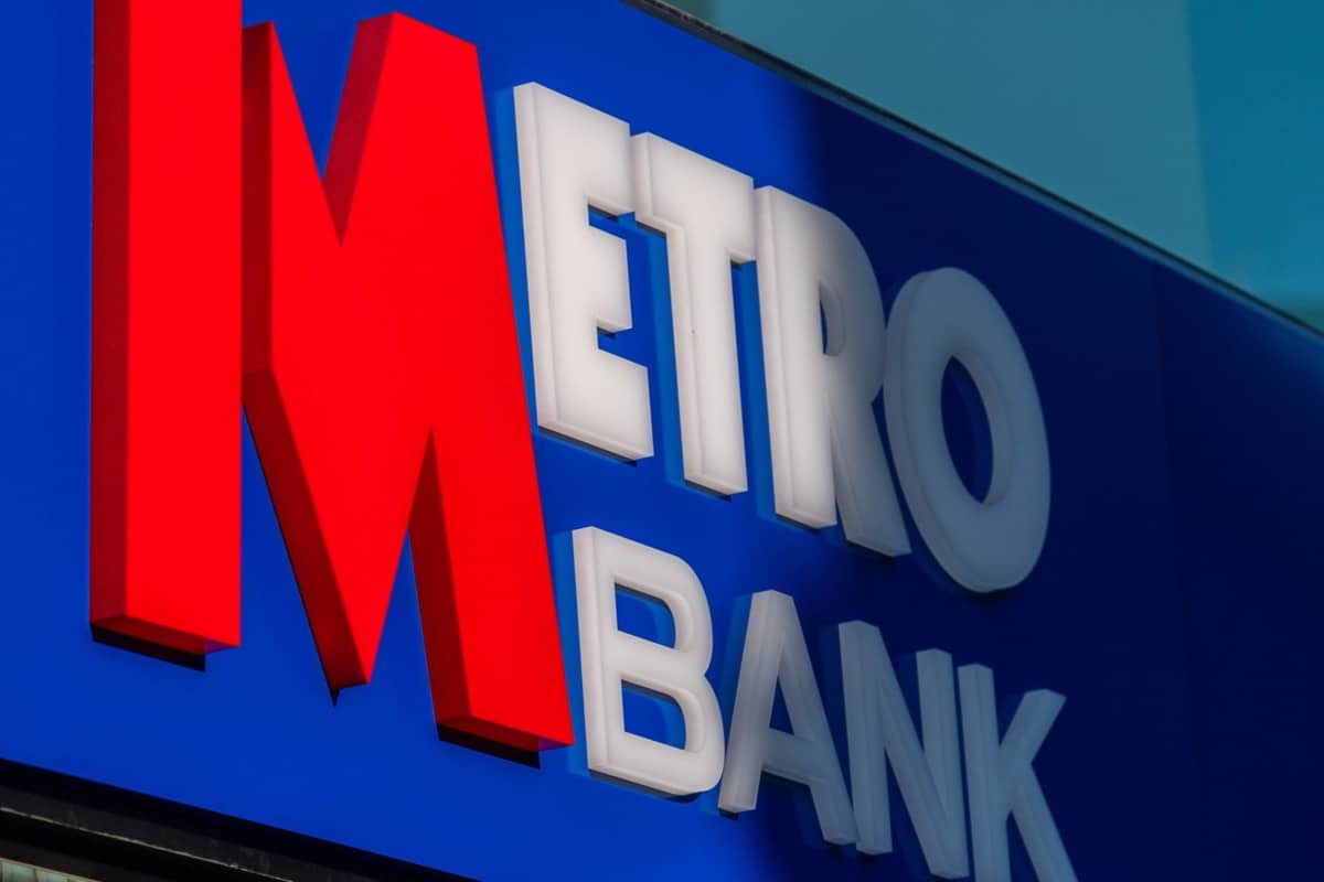 MTRO - Metro Bank (LON:MTRO) A Trendline Break with Lloyds Banking (LON:LLOY) being a suitor,