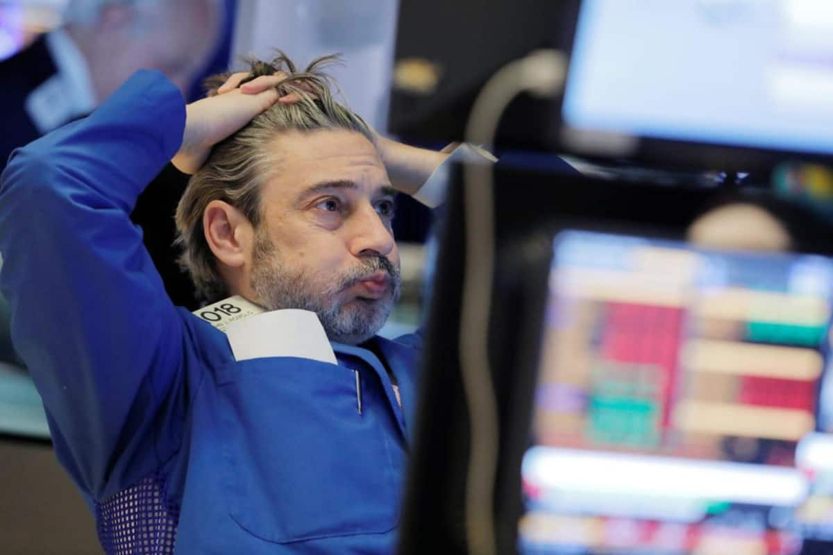 down - Coronavirus concerns drag down Wall Street, but indexes eke out weekly gains