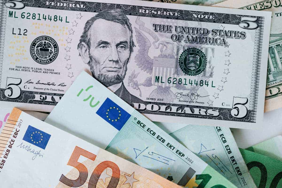 fiat currency - Which fiat currency is most at risk?